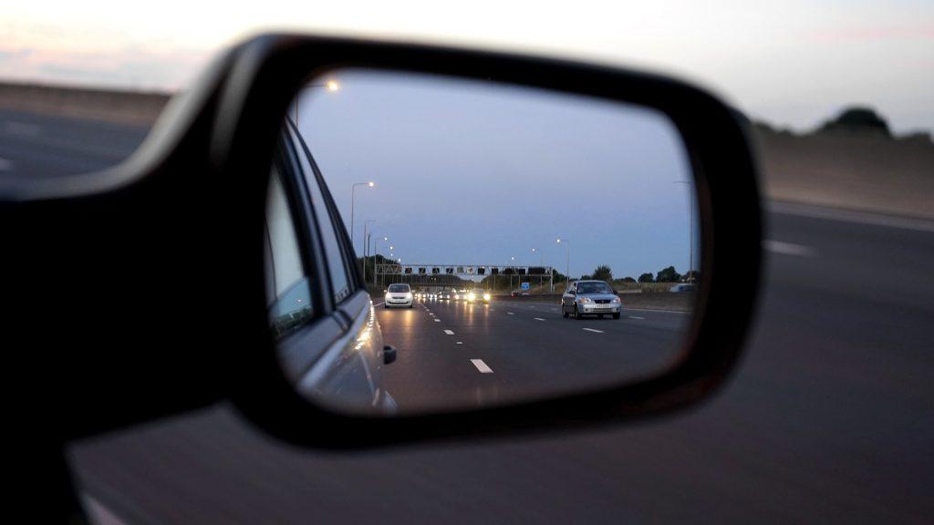 初めてアメリカで運転する時注意する3つ ②高速の合流・車線変更