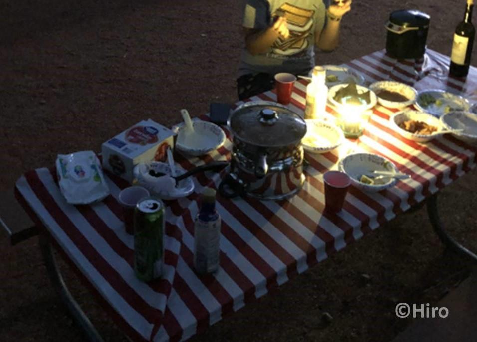 【アメリカキャンピングカー旅行⑤】外で食べる最後の食事を公開!