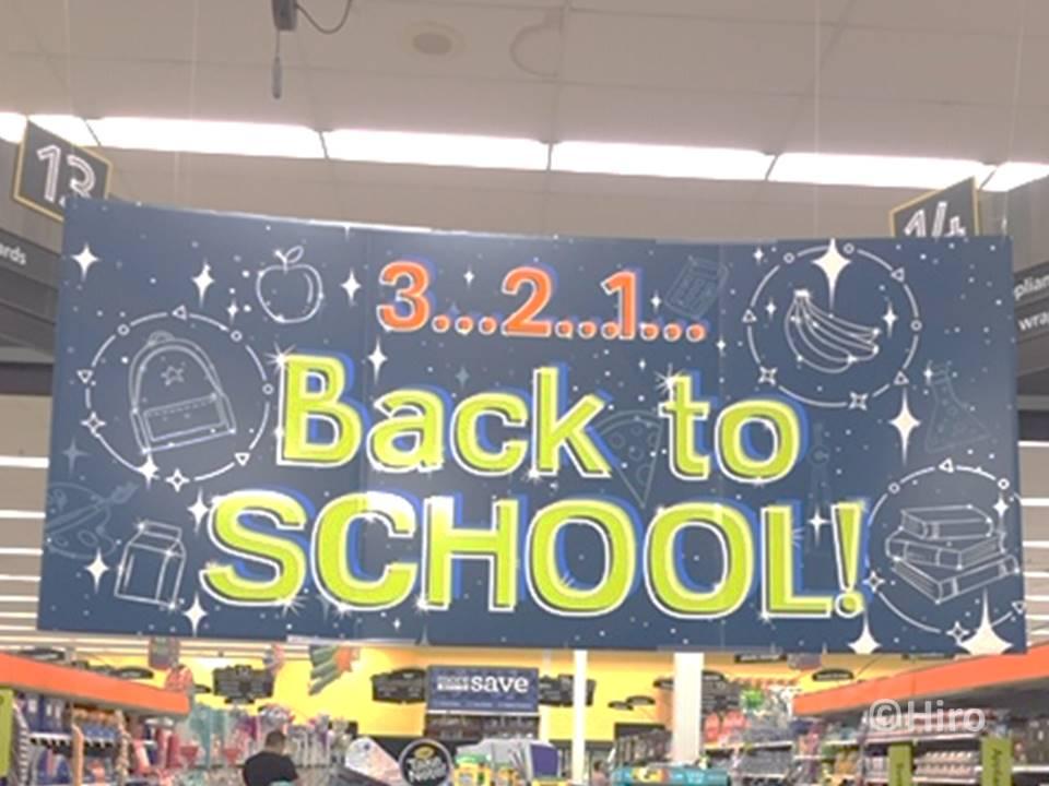 アメリカのBack to school(バックトゥスクール)って何の意味?
