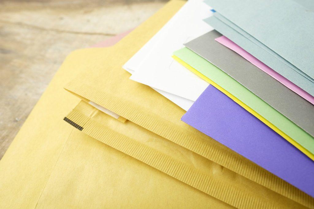 アメリカで郵便転送の方法・期間・費用について